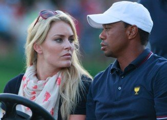 Injured Lindsey Vonn and Tiger Woods are now recuperating and supporting each other in rehab