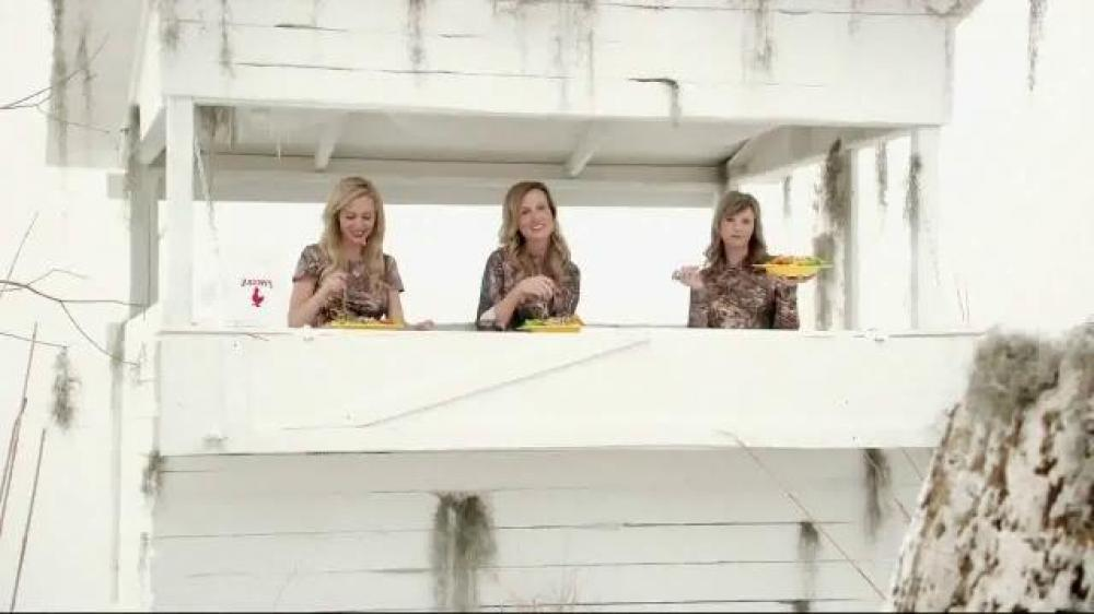 Duck Dynasty Wives In Salad Commercial Zaxby 39 S Zensation Zalad Spot