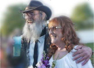 Si Robertson has recorded new album for his wife Christine