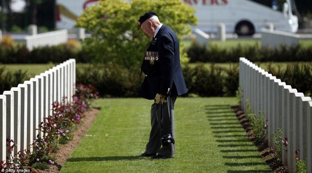 D-Day veterans return to Normandy killing field on 70th anniversary