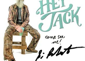 Si Robertson will be at the Duck Commander Warehouse signing autographs June 18