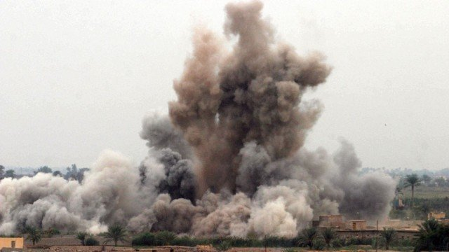 Syria carried out air strikes on ISIS militants inside Iraqi territory