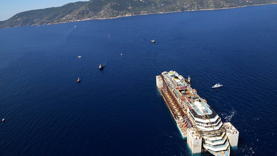 Costa Concordia Salvage Wrecked Cruise Ship Ends Final Voyage
