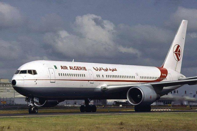 France's Foreign Minister Laurent Fabius has revealed that the pilots of Air Algerie plane that crashed in Mali on July 24 had asked to turn back