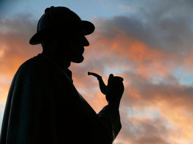 The Supreme Court has dismissed a plea from Arthur Conan Doyle's heirs, who are trying to stop the publication of a book based on Sherlock Holmes