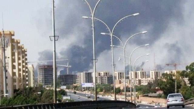The staff of the US embassy in the Libyan capital Tripoli has been temporarily evacuated over security concerns