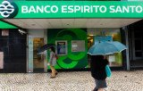 US and European stock markets have fallen over concerns about the health of Portugal's Banco Espirito Santo