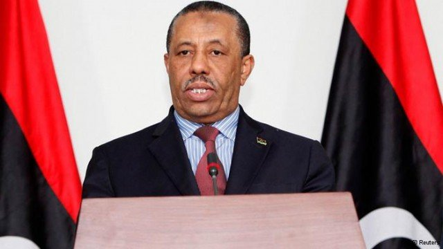 Libya's PM Abdullah al-Thani has resigned in a move to end the power struggle in the country