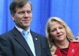 Prosecutors say Jonnie Williams gave Bob and Maureen McDonnell gifts and loans totaling $165,000