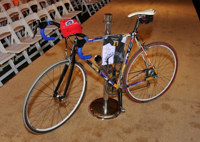 Several weeks before his death, Robin Williams donated his Pegoretti bicycle to the Drever Family Foundation's annual Hotbed benefit