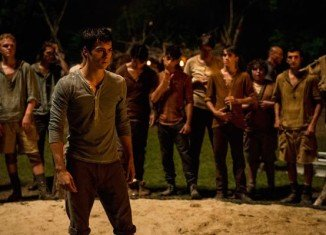 The Maze Runner has topped the North American box-office with $32.5 million on its opening weekend