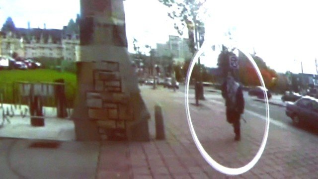 Canadian police have released a video showing how gunman Michael Zehaf Bibeau stormed into the parliament's building 640x360 photo