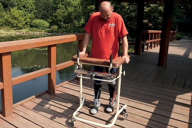 Darek Fidyka, who was paralyzed from the chest down in a knife attack in 2010, can now walk using a frame
