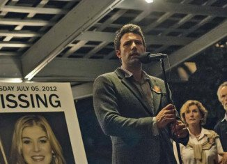 Gone Girl has topped the US box office on its debut weekend, taking $38 million