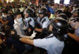 Hong Kong protesters have clashed with police in a battle for territory in the district of Mong Kok