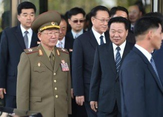 Hwang Pyong-so, seen as the second-most powerful man in North Korea, held talks with Ryoo Kihl-jae, the South's reunification minister