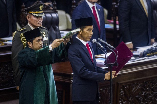Joko Widodo has been sworn in as Indonesia's new president in a Jakarta ceremony