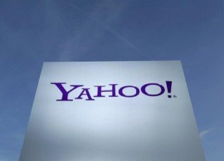 Yahoo is planning to invest millions of dollars in mobile messaging service Snapchat