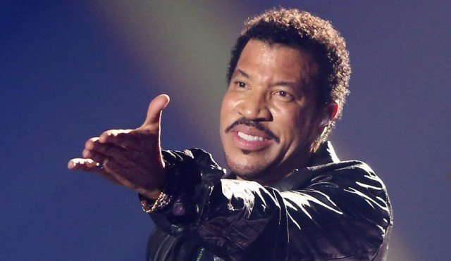Lionel Richie will play Glastonbury 2015