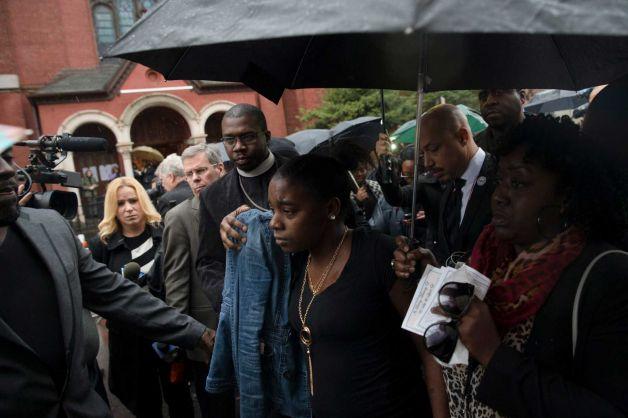 Akai Gurley funeral Brooklyn
