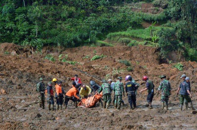 Indonesia landslide 2014
