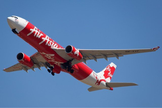 Missing AirAsia plane December 2014
