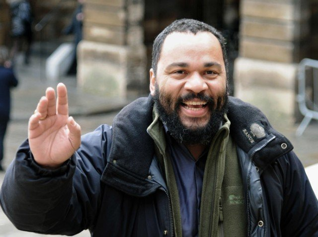 Dieudonne M'bala M'bala arrested for defending terrorism