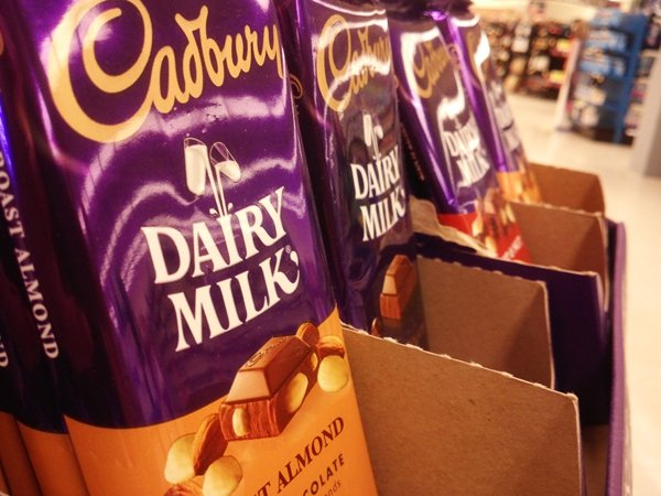 Hershey's bans Cadbury in US