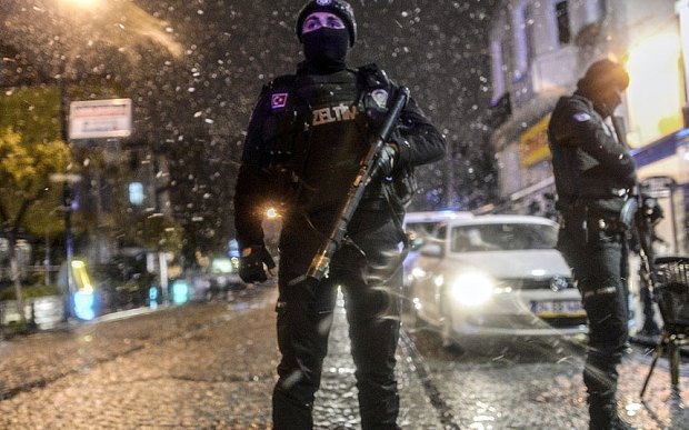 Istanbul Sultanahmet police station attack