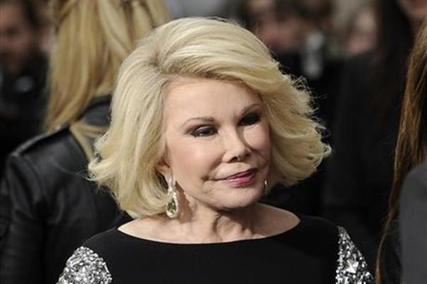 Joan Rivers' daughter sues clinic over death