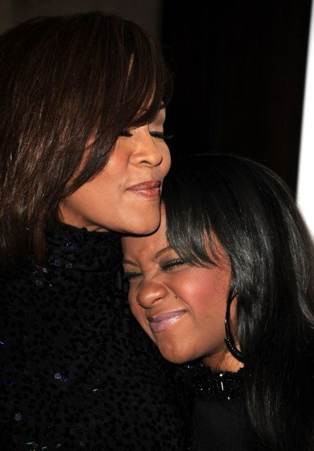 Bobbi Kristina Brown disconnected from life support