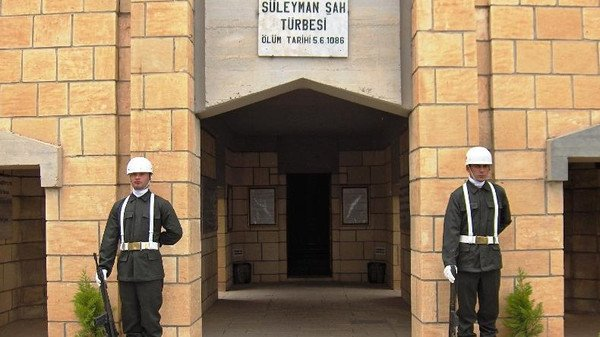 Suleyman Shah tomb evacuated in Syria