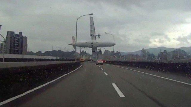TransAsia plane crash Taiwan 2015