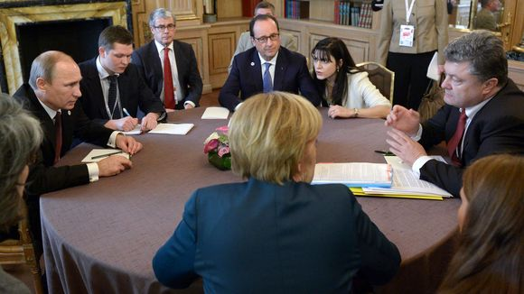 Ukraine peace plan Vladimir Putin, Francois Hollande, Angela Merkel and Petro Poroshenko