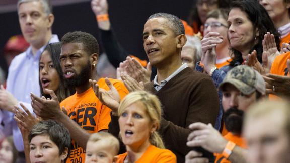 Barack Obama Princeton game NCAA