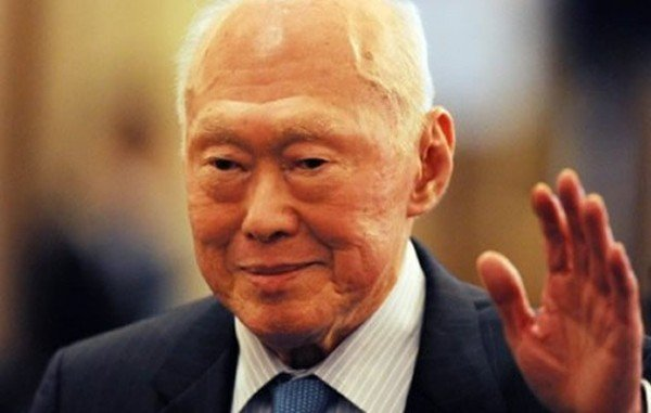Lee Kuan Yew dead at 91