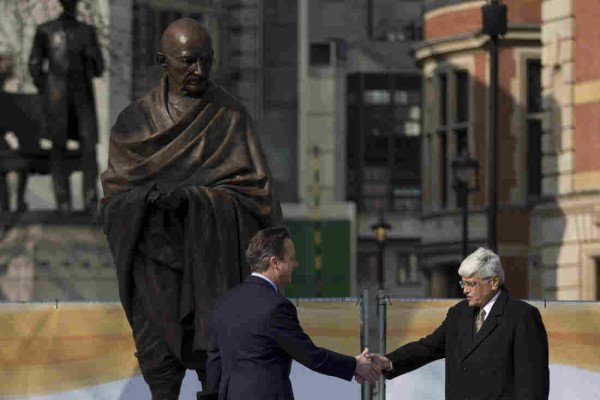 Mahatma Gandhi statue unveiled London