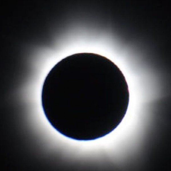 Supermoon total solar eclipse March 2015