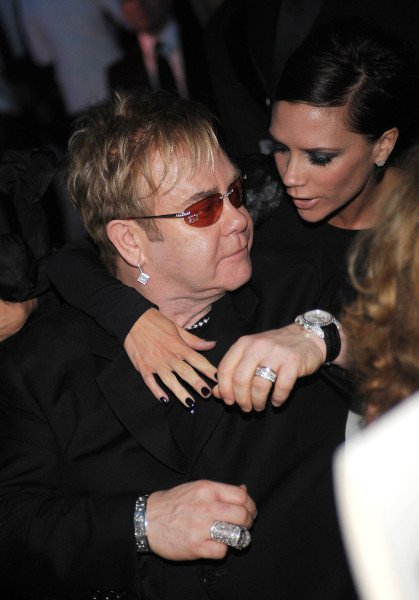 Victoria Beckham backs Elton John anti Dolce and Gabbana campaign