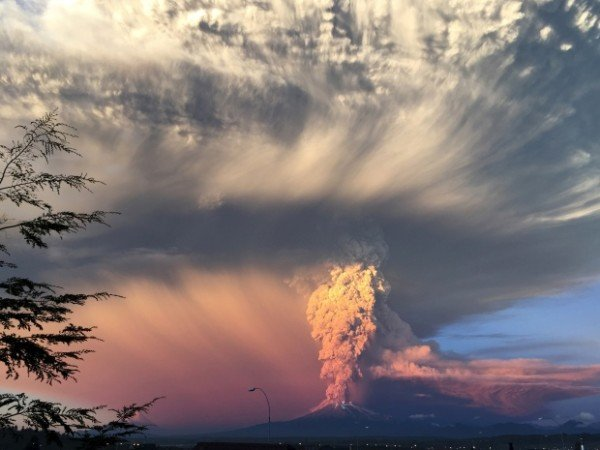 Calbuco volcano eruption 2015