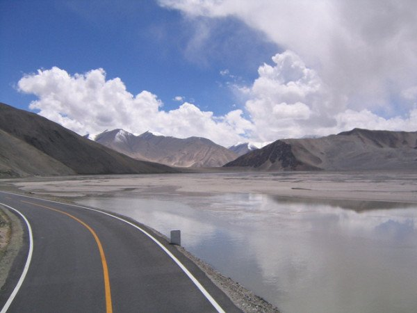 China highway to Pakistan