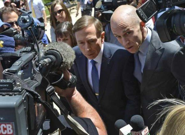 David Petraeus sentence
