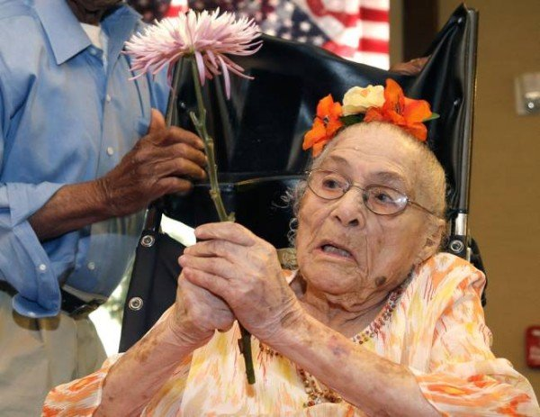 Gertrude Weaver becomes world's oldest living person at 116