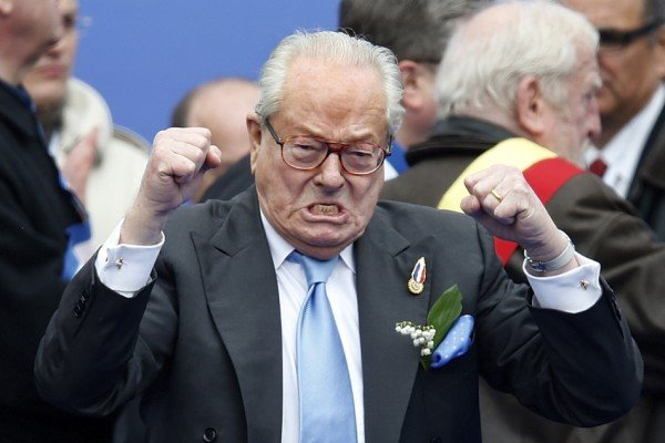 Jean Marie Le Pen pulls out of election