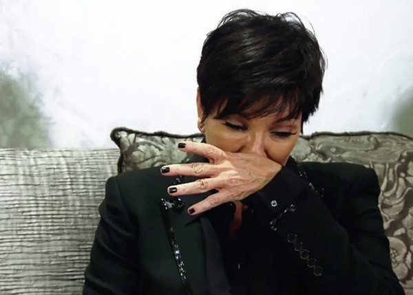 Kris Jenner crying over Rob Kardashian