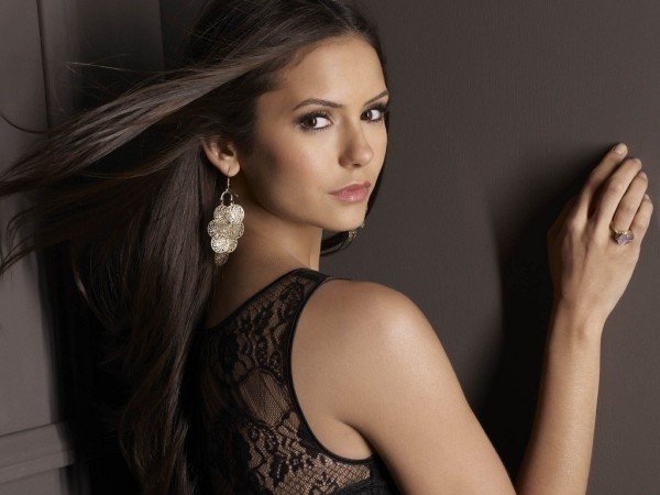 Nina Dobrev leaves The Vampire Diaries