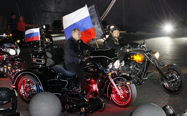 Vladimir Putin biker gang The Night Wolves