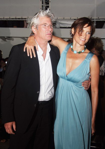 Richard Gere and Carey Lowell divorce