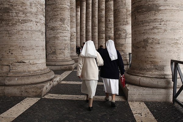 Marist Sisters nuns trapped in Rome elevator