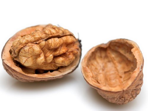Nuts could lower early death risk